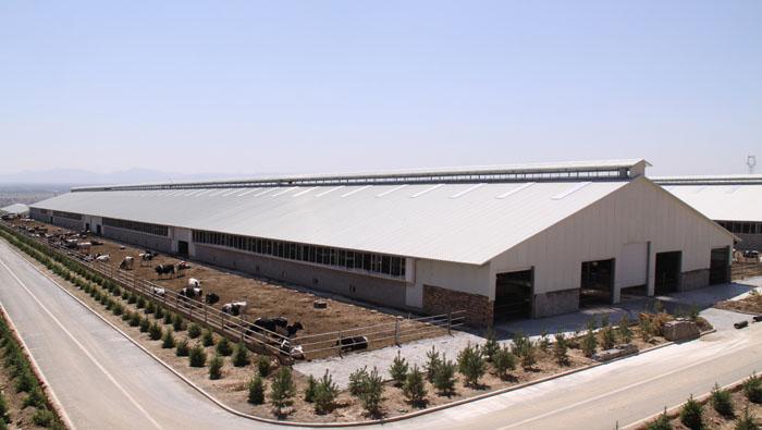 所有钢结构厂房的构件在加工完成后都要进行热浸镀锌,热镀锌执行标准