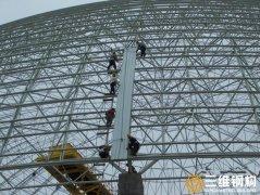 大跨度螺栓球网架工程的